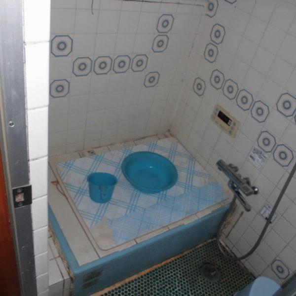 Before:浴室工事